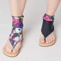 Снимка на чорапи за сандали